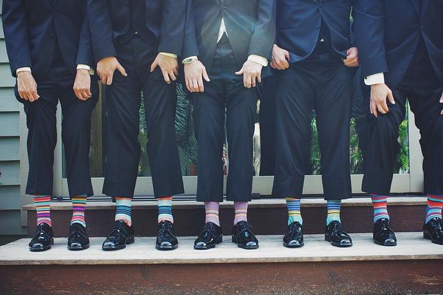 スーツ着回しの極意・最低限用意したいスーツの数