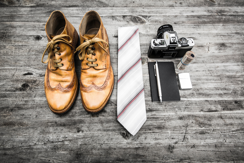 男を上げるスーツマナー:ネクタイのメンテナンス