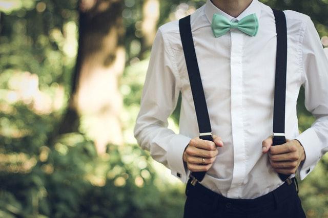 男を上げるスーツマナー:インナーの選び方