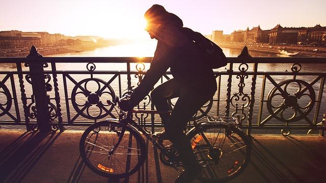 スーツでも大丈夫!自転車通勤をはじめよう!