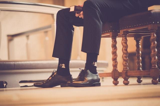 スーツ×革靴の極意 選び方とマナー編